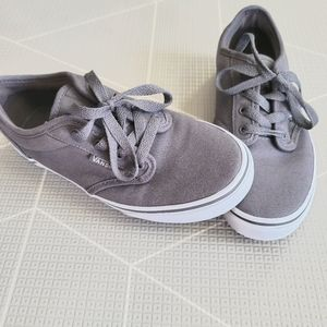 Boys youth vans lace up sneakers